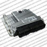 Centralina motore Bosch 0281012323 | 896600D67000 | 896610D462